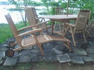 teak decking steamer chair wheels leg five position swimming pool beach garden furniture