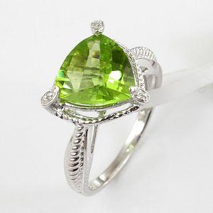 y00085700 olivine ring sterling silver
