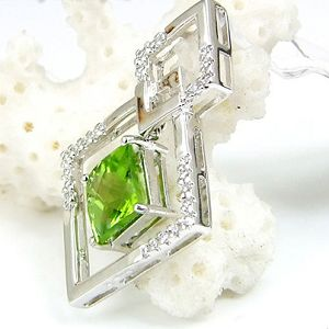 sterling silver gemstone jewelry wholesale 925silver natrual olivine pendant