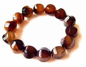 creasy agate bracelet