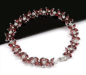 sterling silver garnet bracele blue topaz earring olivine ring sapphire pendant