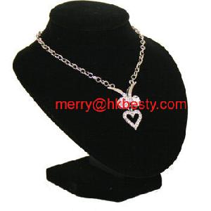 royal velvet necklaces display stands