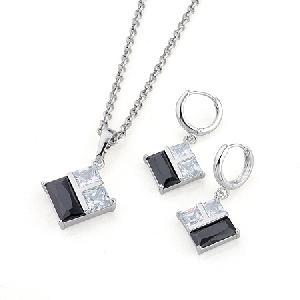 rhodium plated brass cubic zirconia jewelry precious stone pendant bracelet ring