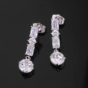 rhodium plated brass cubic zirconia stud earring rhinestone jewelry precious stone jewel