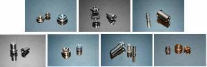 bolt screw nuts