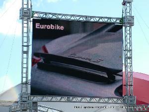led displays advertising