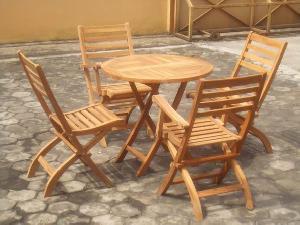 teak simply four folding chair round table 80x80x75cm teka outdoor furniture