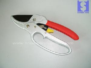 garden shears pruning secateurs