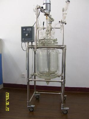 cylindrical jacketed reactor