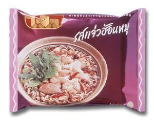 jaew hon pork flavor instant noodle