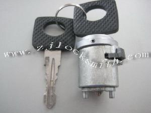 mercedes ignation lock hu12p
