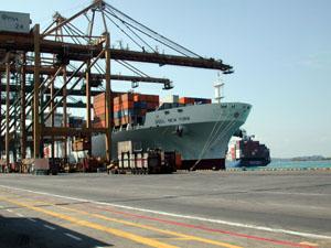 u k united kingdom ocean freight air door