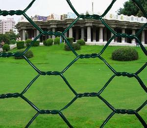 hexagonal wire mesh fencing