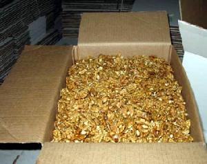 halves walnut kernels