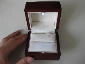 led jewelry ring box