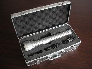 silver hid flashlight luminance