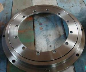 flanged slewing ring