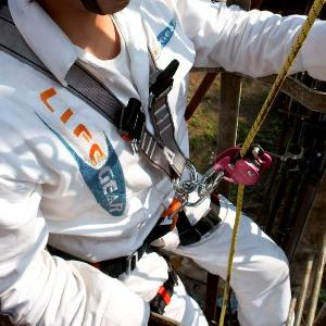 safety body harness fall arrester