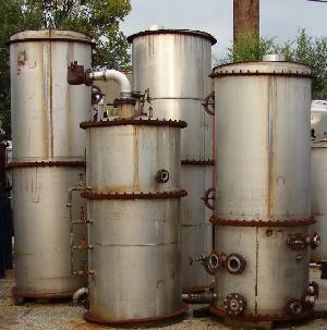 sieve tray distillation column