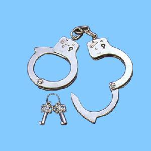 sh 904 4 toy handcuff