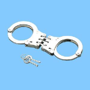 sh th nickel plated handcuff