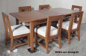 teakwood furniture showroom