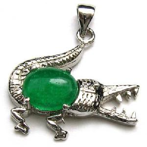 sterling silver tibetan emerald jade crocodile amulet pendant