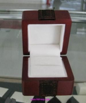 ring box wedding finger key display
