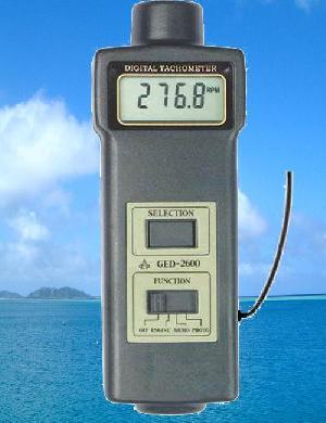 engine tachometer ged 2600