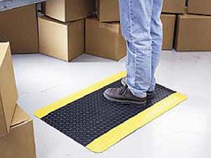 Diamand Plate Mat W/yellow Border (lajt-31012)