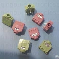 1 8 female stereo audio jack connector
