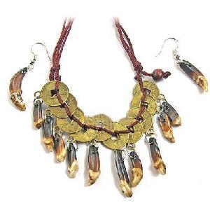 Tibet Wolf Teeth Pendant Amulet Necklace