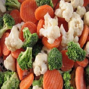 Iqf Vegetables Broccoli, Cauliflower, Green Beans, Iqf Fruits Strawberries, Peach Dices / Slices,