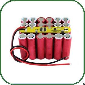 Rechargeable Li-ion 18650 Battery Pack Customized With Top Grade Cells And Reliable Pcm