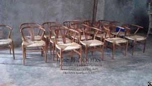 Wishbone Y Chair