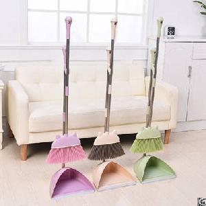 Plastic Handle Broom Supplier