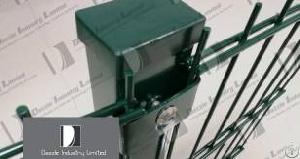 pvc coated welded wire fence structure horizontal