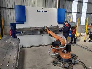Press Brake Automation Solution 6 1 Axis Cnc Press Brake 6 Axis Robot Robotic Bending Machine