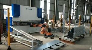 Robotic Press Brake Automatic Bending Cell For Steel Plate