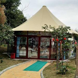 luxury glamping tents resort