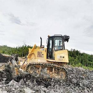 maintenance open view bulldozer equipped torque converter