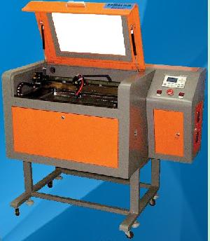 Mini Laser Cutting Machine With 40w Laser Tube Power, And Water Cooling Chiller